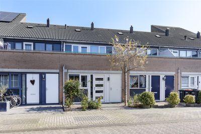 Pissarrohof 71, Hoorn