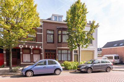 Dubbeldamseweg Zuid 112-- 114, Dordrecht