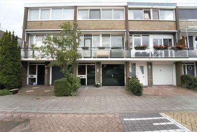 Kemphaanstraat 44, Wormer