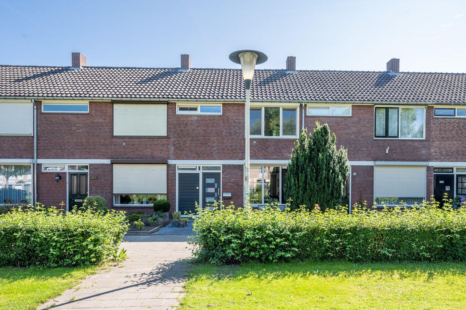Vinkelaan 210, Helmond