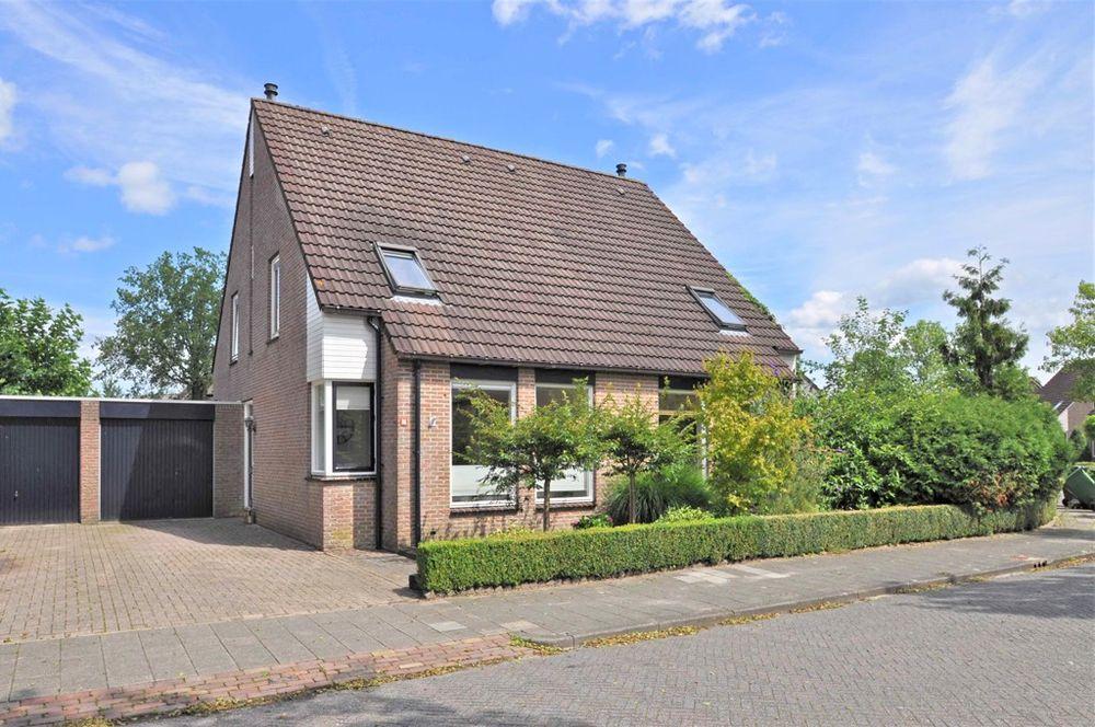 Klaverkamp 86, Hoogeveen