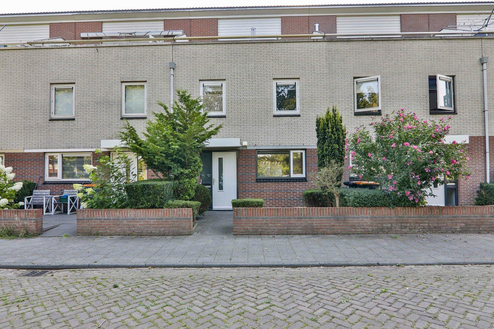 Biesbosch 11, Hoogeveen