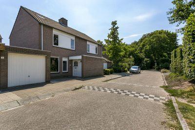 Cahorslaan 15, Eindhoven