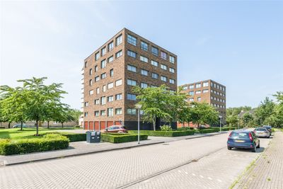 Sieradenweg 75, Almere