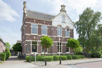 Stationsstraat 26--28, Steenwijk