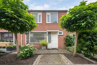 W.H. Vliegenstraat 9, Zwijndrecht