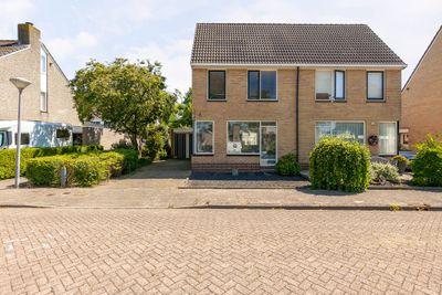 Toon Slurinkhof 34, Kampen