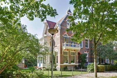 Jhr Strick van Linschotenlaan 1, Zwolle