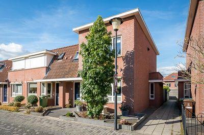 Isaac da Costastraat 55, Sommelsdijk