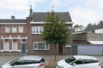 Molenbochtstraat 76, Tilburg