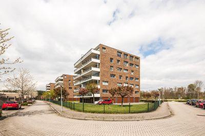 Sieradenweg 67, Almere