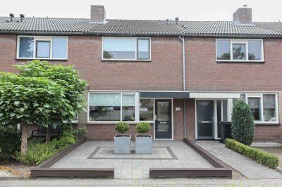 Beiaard 147, Etten-Leur
