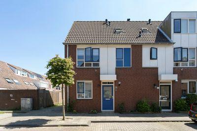 Fien de la Marstraat 35, Leiden