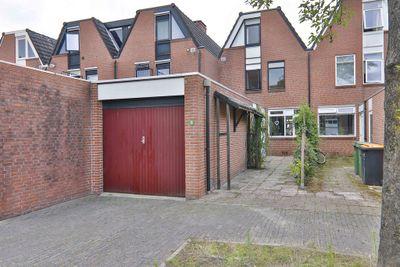 Mantinghstraat 11, Hoogeveen