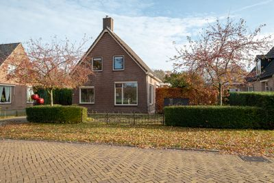 Kloosterdwarsweg 15, Zweeloo