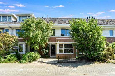 Paganiniplantsoen 57, Nieuw-Vennep