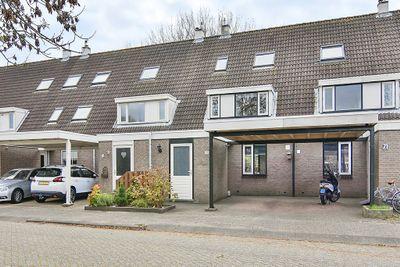 Zandbos 73, Hoofddorp