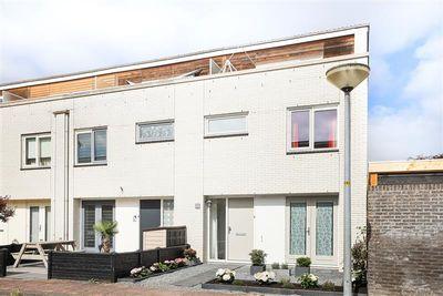 F. Bordewijkstraat 21, Almere