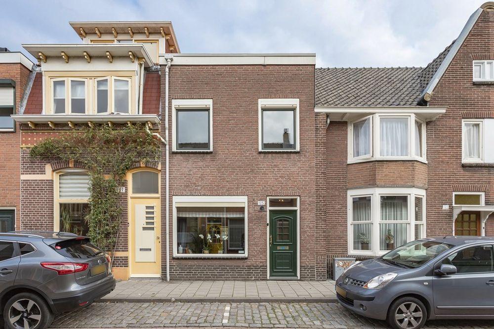 Hoogvensestraat 125, Tilburg