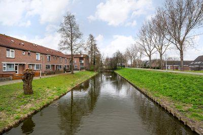 Liesgras 33, Spijkenisse