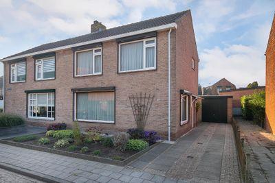 Beatrixstraat 15, Hoek