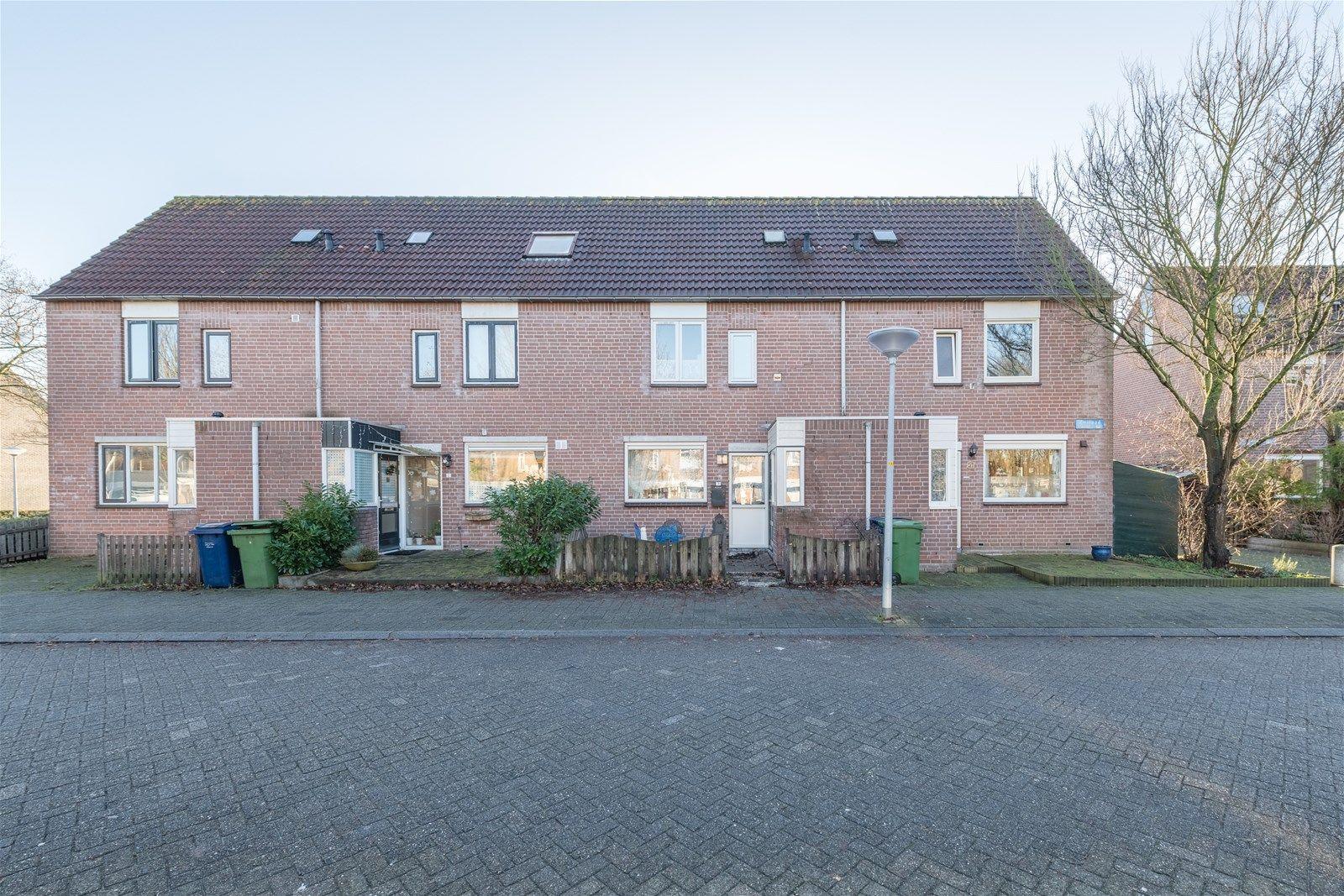 Zwinpad 3, Almere