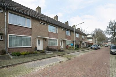Frater S. Romboutsstraat, Best