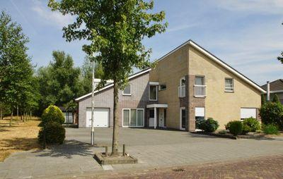 Van Glabbeekstraat 22, Rijen