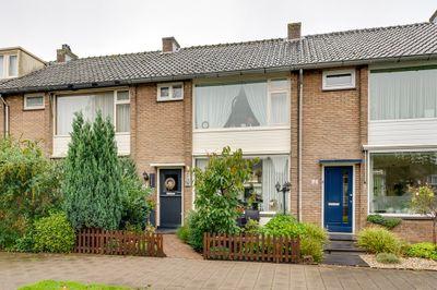 Koningin Wilhelminasingel 50, Waddinxveen