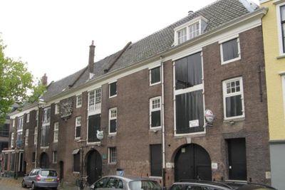 Houttuinen, Dordrecht