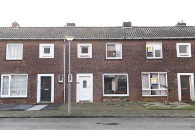 Bergplein 43, Hoensbroek