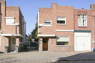 Sint Josephstraat 7, Roosendaal