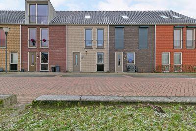 Martien Coppensstraat 12, Waalwijk