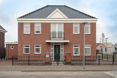 Nemesisstraat 2, Almere
