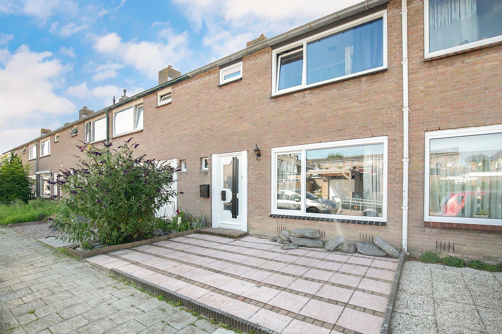 Donker Curtiusstraat 29, Vlissingen