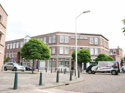 Ingenhouszplein, Den Haag