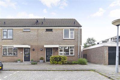 Trintel 141, Monnickendam