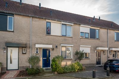 Dominee van Halenstraat 20, Oude-Tonge