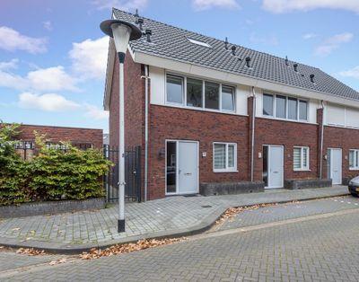 Hamsterstraat 1-b, Helmond