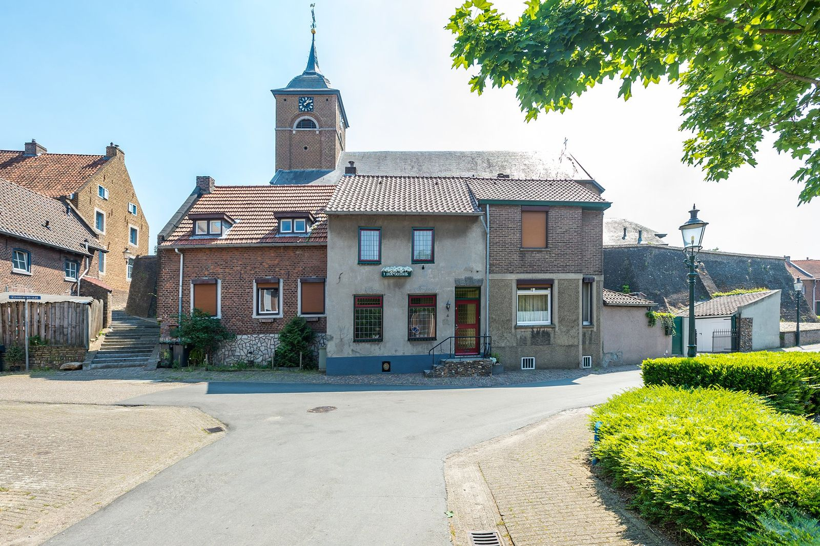 Urmonder Maasstraat 4, Urmond