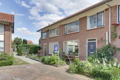 Alzettehof 16, Veldhoven