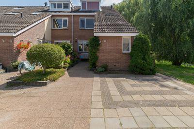 Esdoornhof 19, Kampen