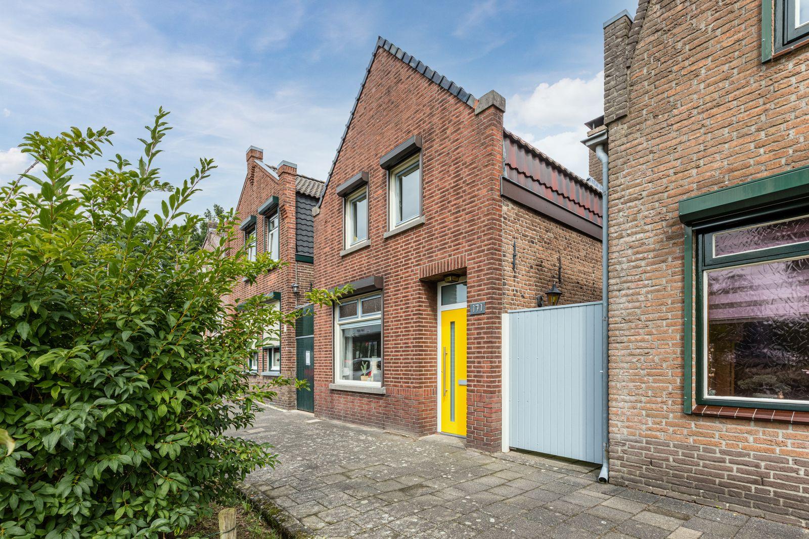 Burgerhoutsestraat 171, Roosendaal