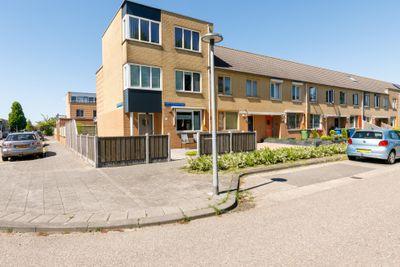 Godfried Bomansstraat 73, Almere