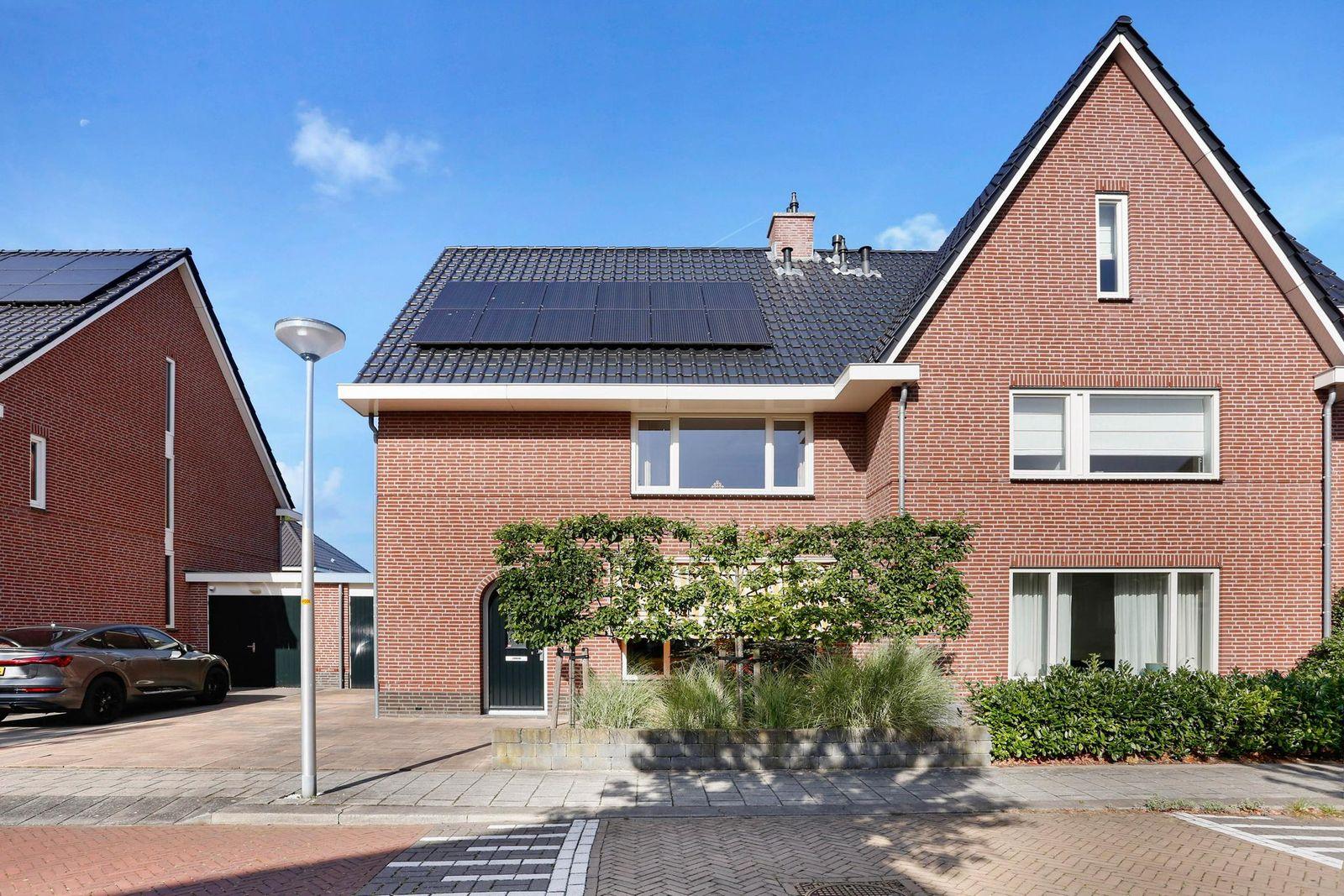 Weidemolen 12, Noordwijkerhout
