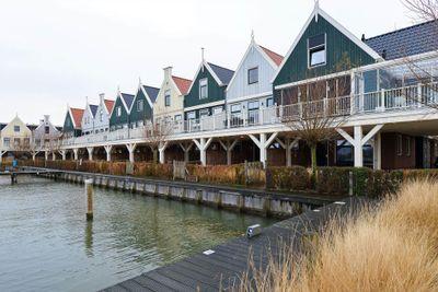 Zeedijk 2-207, Uitdam