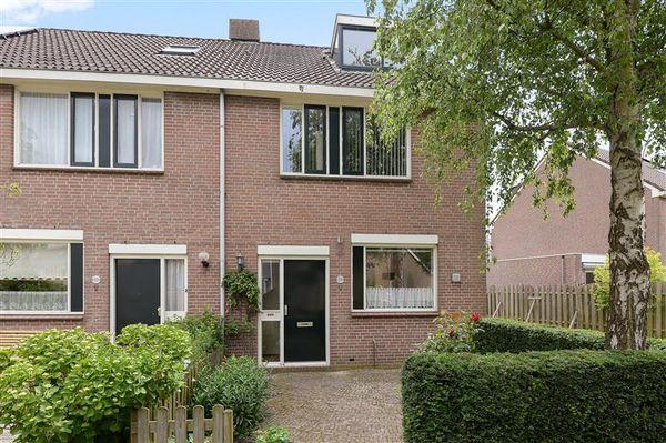 Karn 39, Monnickendam