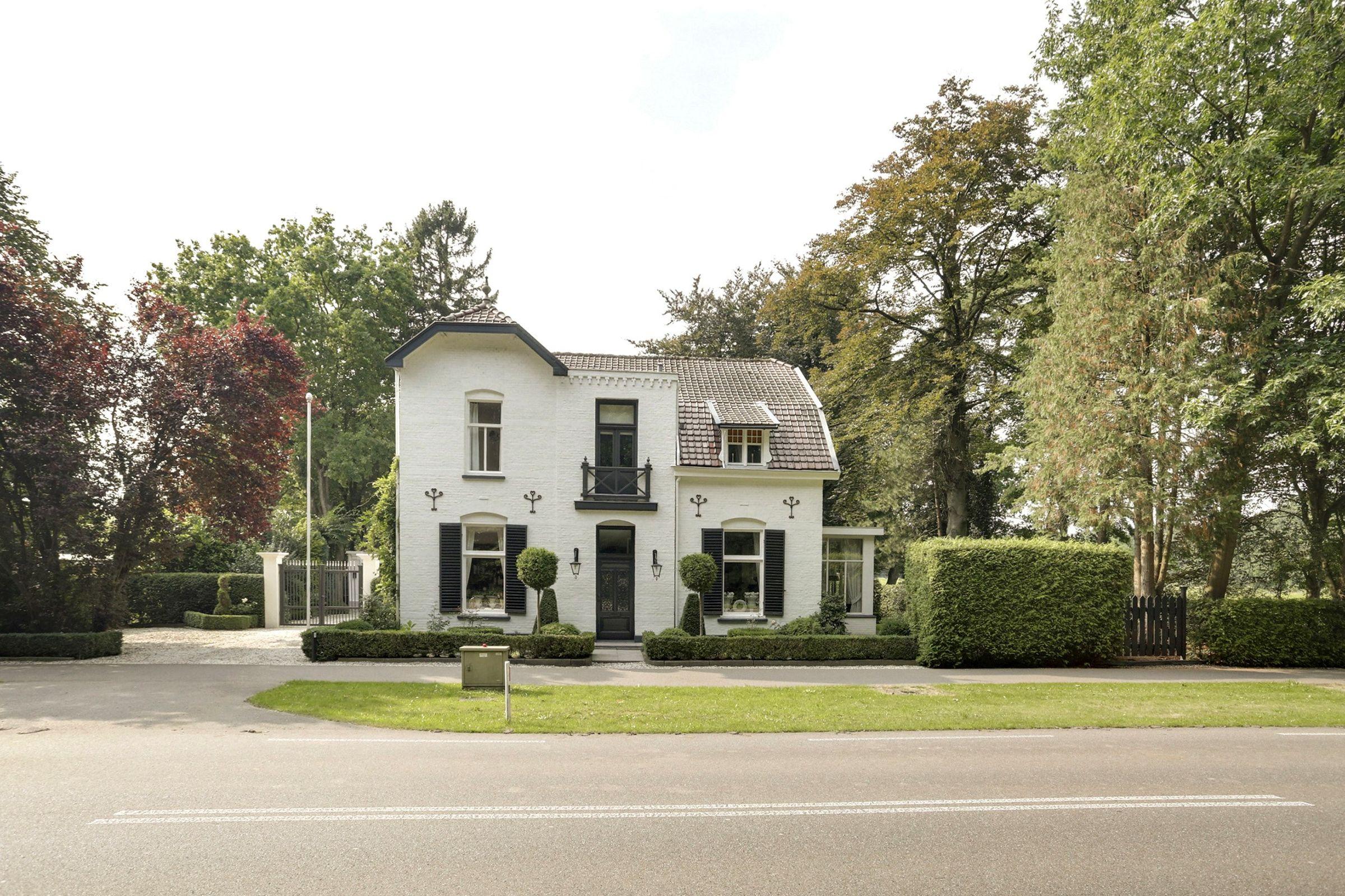 Hoofdweg 81, Loenen