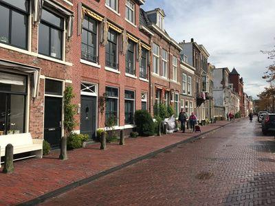 Apothekersdijk, Leiden
