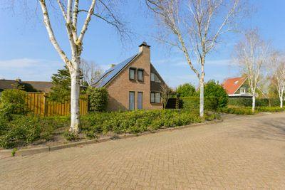 Smaragddijk 30, Roosendaal